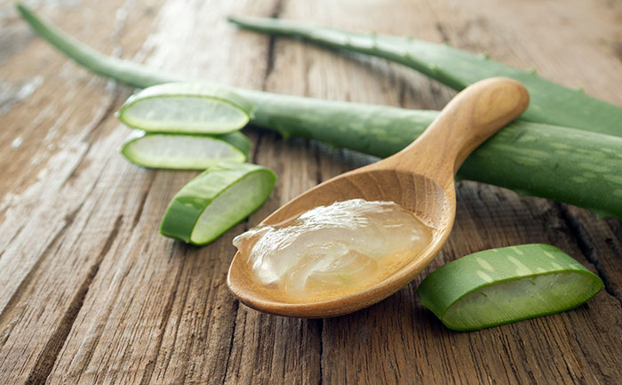 aloe-vera-gel-Natural Remedies For Oily Skin